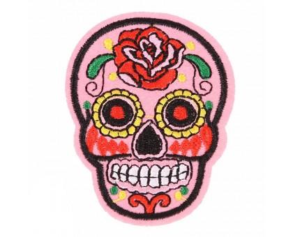 Antsiuvas medžiaginis Skull Light Pink; 7.5x5.5cm