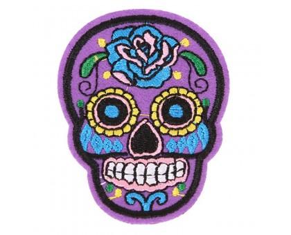 Antsiuvas medžiaginis Skull Purple; 7.5x5.5cm