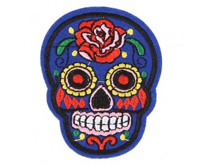 Antsiuvas medžiaginis Blue Skull, 7.5x5.5cm