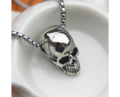 Kaklo papuošalas Shine Skull sidabro spalvos; 2.5x1.5cm