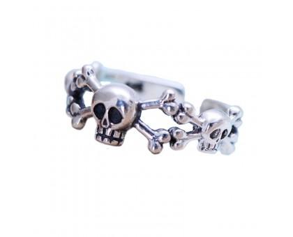 Žiedas Small Trio Skull, universalaus dydžio